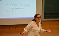 Doctora Mónica Clapp Jiménez Labora, investigadora del Instituto de Matemáticas de la UNAM, integrante de la Academia Mexicana de Ciencias, ganadora del Premio Nacional de Ciencias 2018.