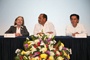 La doctora Ana María Cetto y los doctores Raúl Godoy Montañez y Jaime Urrutia Fucugauchi, durante la inauguración del Programa de Divulgación