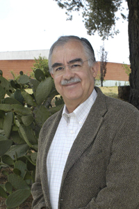 El Dr. Edmundo Calva Mercado, miembro de la Academia Mexicana de Ciencias.