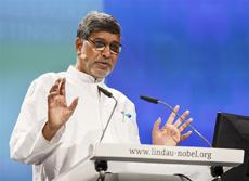 El Premio Nobel de la Paz 2014, el indio Kailash Satyarth, durante su participación en la 65 Reunión Lindau de Premios Nobel