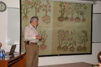 Aspecto de la conferencia realizada en el Aula Magna de la Facultad de Estudios Superiores Iztacala.