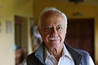 Maestro Salomón Nahmad y Sittón, fundador y profesor-investigador del CIESAS Pacífico Sur en Oaxaca, miembro de la Academia Mexicana de Ciencias, reconocido con el Premio Nacional de Artes y Literatura 2018.