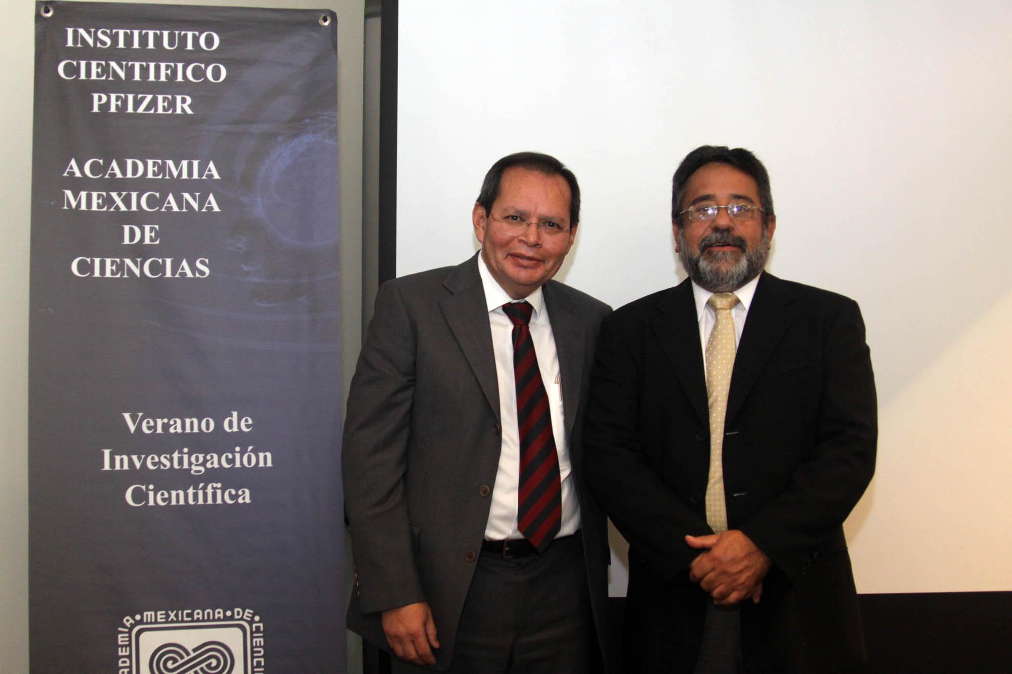 http://www.comunicacion.amc.edu.mx/comunicacion/noticias/images/cyd-070813-int2-g.jpg