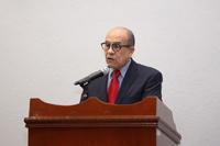 Carlos Castañeda González, director general del Hospital Psiquiátrico