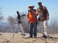 Carlos Román, investigador del Instituto de Astronomía de la UNAM y Xavier López, investigador de la UNAM.