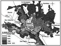 Con los procesos de metropolización van quedando anillos a los que se pueden llamar las no ciudades; es decir, dentro de una metrópoli pueden existir espacios que carecen de todas las características urbanas, por ejemplo, falta de infraestructura y servicios. En la imagen, el crecimiento que ha registrado la ciudad de Monterrey, Nuevo León, de 1940 a 2005.