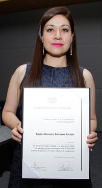 La doctora Karina Bárcenas Barajas obtuvo el Premio a mejores tesis de doctorado de la Academia Mexicana de Ciencias en Ciencias Sociales y Humanidades 2015.