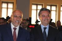 El director general del Conacyt, Enrique Cabrero y el secretario de Educación Aurelio Nuño, en la ceremonia del 25 aniversario del Sistema de Centros Públicos de Investigación del Conacyt.