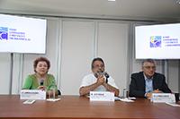 José Franco, coordinador general de FCCyT, abordó en rueda de prensa  la reestructuración del Sistema Nacional de Ciencia y Tecnología en la actual propuesta de reformas a la Ley de Ciencia y Tecnología, lo acompañaron Alfredo Camhaji y Adriana Guerra, asesor y secretaria técnica, respectivamente, del organismo.