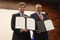 Firman convenio de colaboración el Consejo Nacional de Ciencia y Tecnología y la Secretaría de Turismo, a través de sus titulares Enrique de la Madrid y Enrique Cabrero Mendoza, respectivamente.