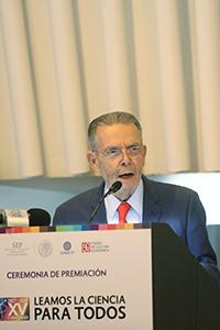 José Carreño Carlón, director general del Fondo de Cultura Económica.