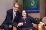 La doctora Tessy López Goerne ha desarrollado un tratamiento con excelentes resultados en pacientes diabéticos con úlceras graves. En la imagen la acompaña el doctor Octavio Novaro Peñalosa, luego de una conferencia impartida en El Colegio Nacional.