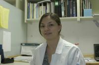 Andrea Sachi Díaz Villaseñor, galardonada por la Academia Mexicana de Ciencias con el premio Weizmann 2008 en el área de Ciencias Naturales.