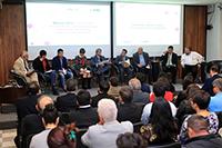 """Foro México 2018: los desafíos de la nación. Las plataformas electorales discutidas por los universitarios. El tema """"Educación, cultura, ciencia y tecnología para el desarrollo"""" fue el primer foro de un ciclo de ocho, el cual tuvo lugar en la Rectoría General de la UAM. En la imagen, participantes de la primera mesa que analizó la temática en las plataformas electorales de los candidatos para la jefatura de Gobierno de la Ciudad de México."""