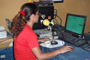 Imagen de locutora en Radio Totopo de Juchitán. Oaxaca.