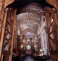 Iglesia de Santa María Tonanzintla (Estado de Puebla), Foto tomada por Ángela Arziniaga y Everardo Rivera Luisa Ruiz Moreno, El relato en imagen, Conaculta, 1993
