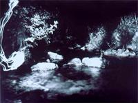 """Serie """"La mirada del agua"""", foto de Evgen Bavcar (el fotógrafo ciego)<br /> Luisa Ruiz Moreno, """"La mirada del agua"""", en Visio, vol. 7, Nos. 3-4, 2003"""