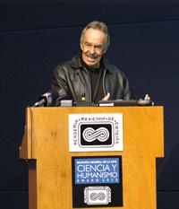 Doctor René Drucker Colín, expresidente de la Academia Mexicana de Ciencias.