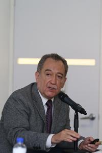 Doctor Carlos Arias Ortiz, coordinador del libro La Virología en México. Situación actual, Retos y Oportunidades.