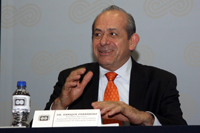 El doctor Enrique Fernández Fassnacht fue designado hoy por la Secretaria de Educación Pública como nuevo director general ejecutivo del Instituto Politécnico Nacional.