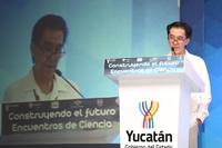 El doctor Jaime Urrutia durante su intervención en la apertura del evento académico Construyendo el futuro - Encuentros de Ciencia.