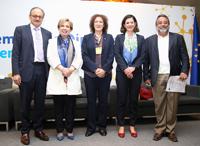 Klaus Rudischhausser, jefe de la delegación de la Unión Europea en México; Martha Navarro, directora general de Cooperación Técnica y Científica de la Agencia Mexicana de Cooperación Internacional para el Desarrollo de la SRE; Julia Tagüeña, directora adjunta de Desarrollo Científico del Conacyt; Cristina Russo, directora de Cooperación Internacional de la Dirección de General de Investigación e Innovación de la Comisión Europea; y José Franco, coordinador general del Foro Consultivo Científico y Tecnológico.