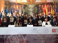 """Premiación del XIV Concurso """"Leamos La Ciencia para Todos""""."""