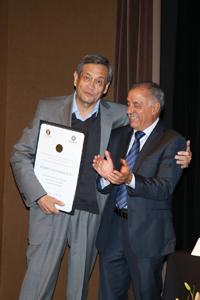 Recibe el m. en c. Roberto Sayavedra el Premio Nacional de Divulgación de la Ciencia 2015