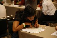 Los alumnos tuvieron tres horas para resolver el primer examen escrito del certamen de ciencia.