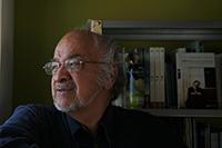 Víctor López Villafañe, autor del libro Globalización y regionalización desigual, obra en la que compara el crecimiento asiático con el mexicano.