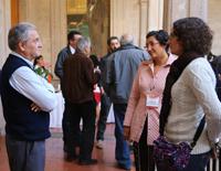Tanto en las sesiones de ponencias como en los pasillos de las sedes de la reunión académica Construyendo el futuro. Encuentros de ciencia, se da el intercambio de ideas y de opiniones.