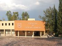En los laboratorios de la Facultad de Ciencias Químicas de la Universidad Autónoma de San Luis Potosí se llevarán a cabo las pruebas experimentales de la XXVI Olimpiada Nacional de Química, certamen que organiza la Academia Mexicana de Ciencias.