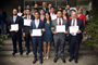 Los ganadores del PNJA 2016 con sus respectivos tutores e integrantes del comité organizador del certamen, el cual coordinan la Academia Mexicana de Ciencias (AMC) y la Embajada de Suecia en México.
