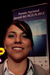Nadia Yunuen Díaz, una de las ganadoras del primer lugar del Premio Nacional Juvenil del Agua 2012, señaló que buscan educar a los ciudadanos en materia de conservación del vital recurso.