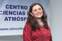 La formación de núcleos de condensación también se lleva a cabo por la presencia de organismos vivos presentes en las capas más altas de la troposfera, explicó la doctora María Amparo Martínez, integrante de la Academia Mexicana de Ciencias.