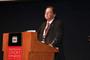 El investigador canadiense Howard Alper, miembro correspondiente de la AMC, impartió la conferencia