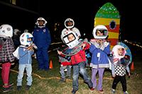 En el Planetario Luis Enrique Erro del IPN entusiastas niños pudieron realizar distintas actividades alrededor del lanzamiento del Sputnik1, desde hacer una réplica del satélite artificial  con una esfera de unicel y papel aluminio, recortando e iluminando una figura, o jugando a ser astronautas.