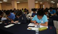 Los 190 participantes de la XXVI Olimpiada Nacional de Química presentaron este lunes los exámenes teóricos.