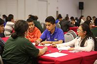 El trabajo en equipo fue una de las dinámicas que formaron parte de los exámenes de la XII Olimpiada Mexicana de Historia, y de la que los participantes opinaron que fue muy buena experiencia.