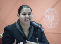 La maestra Adriana Gómez dirige una agrupación en Costa Rica que tiene entre sus principales objetivos llevar información y educación para la salud a jóvenes entre 10 y 24 años, usando la tecnología.
