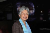 En la imagen Silvia Torres-Peimbert, actual presidenta de la Unión Astronómica Internacional, corresponderá encabezar y organizar la celebración del primer centenario de la agrupación.