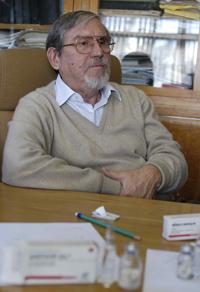 Doctor Lourival Domingos Possani Postay, investigador del Instituto de Biotecnología de la UNAM, referente internacional en el tema de venenos de alacranes; ganador del Premio Nacional de Ciencias 2016 en el área de tecnología, innovación y diseño.