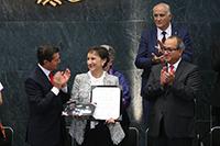 Doctora Leticia Myriam Torres Guerra, Premio Nacional de Ciencias 2018 en el campo de Tecnología, Innovación y Diseño.