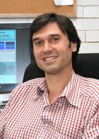 El doctor Gerardo García Naumis, investigador del Instituto de Física de la UNAM y miembro de la AMC.