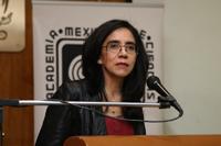 """La antropóloga social Oliva Sánchez, profesora-investigadora de la FES-Iztacala, ofreció la conferencia """"De las emociones como categoría psicológica a las emociones como categoría sociocultural""""."""