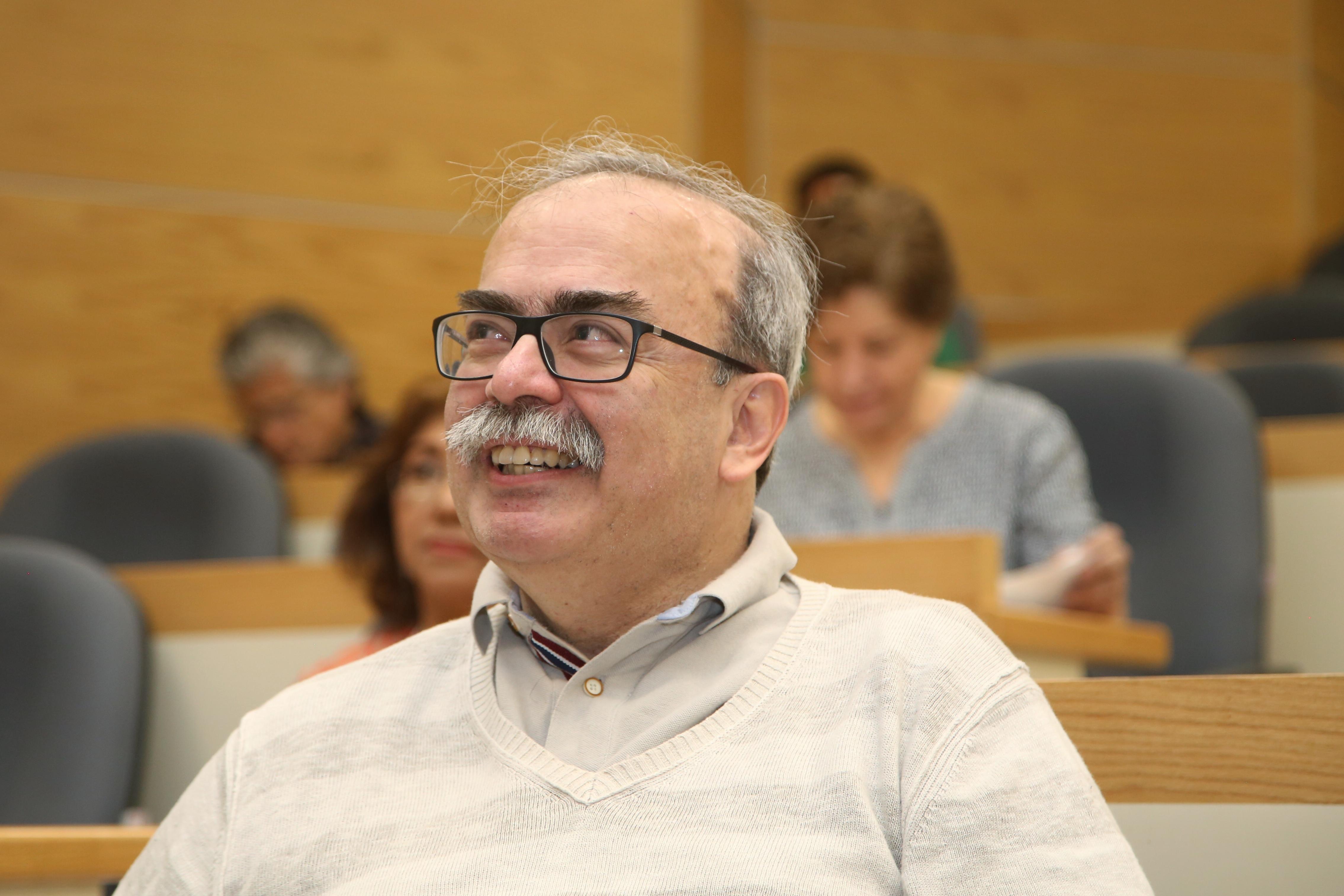 José Antonio de la Peña, durante la presentación del libro Especulaciones y certezas en torno al futuro de la ciencia.