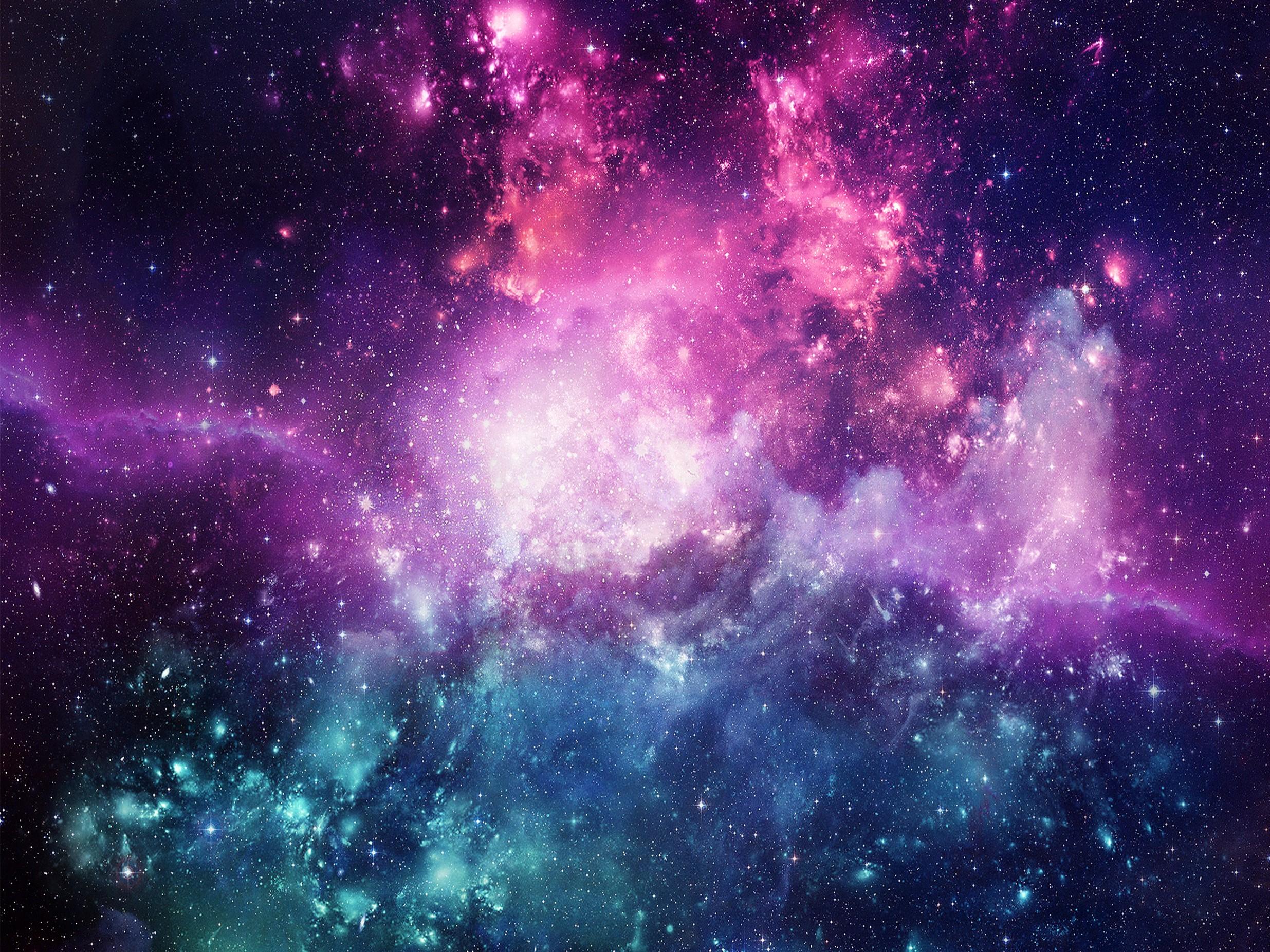 Las diversas moléculas presentes en el espacio permiten a los astrónomos conocer la morfología, densidad, temperatura y movimiento del gas que las contiene.