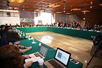 La segunda jornada del Conversatorio para el análisis del Sistema Nacional de Ciencia, Tecnología e Innovación en la Cámara de Diputados inició hoy con una nutrida asistencia en el acto de apertura del último día del encuentro, el cual estuvo presidido por la diputada Marivel Solís, el diputado Juan Carlos Romero Hicks y la coordinadora general del Foro Consultivo Científico y Tecnológico, Julia Tagüeña Parga.