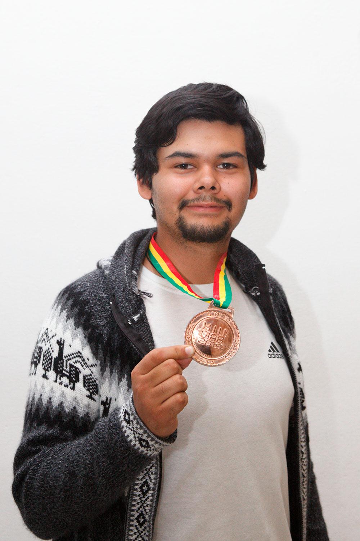 Eduardo René Jiménez Castañeda, ganador de medalla de bronce.