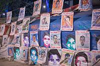 Una encuesta realizada por la investigadora Anna María Fernández Poncela, de la Universidad Autónoma Metropolitana Unidad Xochimilco, sobre la percepción del movimiento social por el caso Ayotzinapa, encontró que la mayoría de la población consultada (73.7%) consideró a este movimiento como honesto, mientras 19.4% no lo creyó así, 6.9% no supo qué opinar al respecto; fueron las y los jóvenes los que pensaron más en su honestidad.